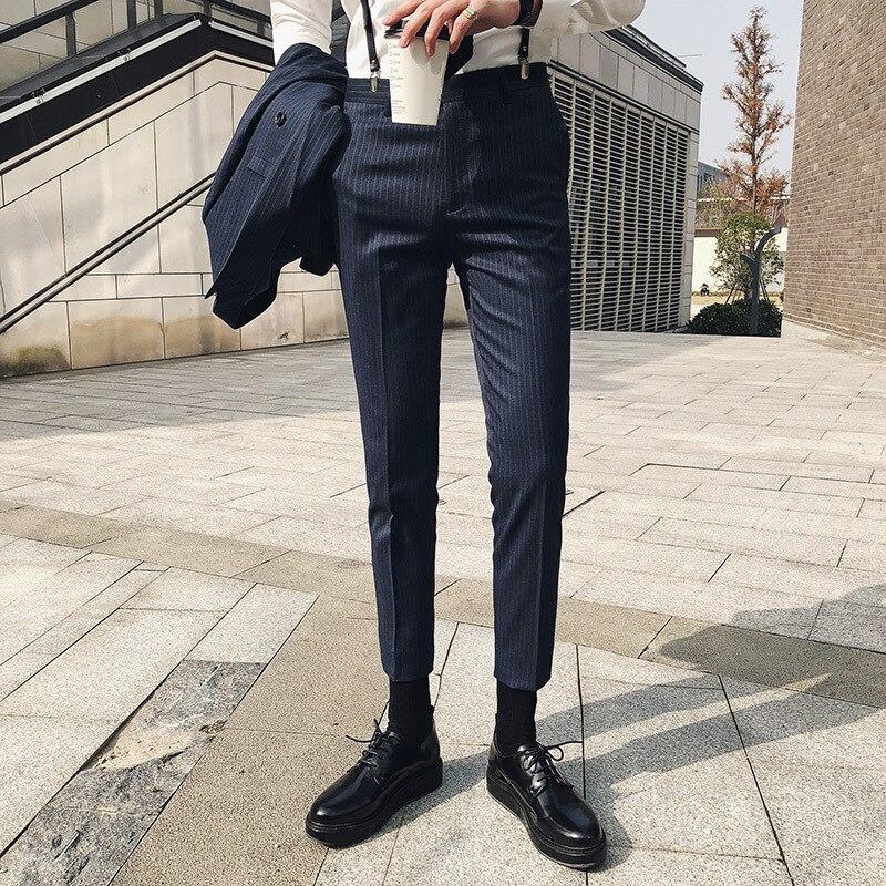 2018 Frühjahr Und Sommer Neue Männer Der Mode Beiläufige Dünne Streifen Im Westlichen Stil Hosen Flut Einfarbig Gebunden Füße Anzug Hosen Männlichen Taille Und Sehnen StäRken