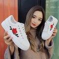 2017 новая Мода superstar обувь Вышитые розы цветы повседневная обувь creepers Удобная Круглая голова плоские ботинки женщин бездельников