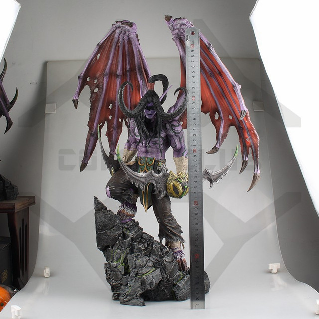 COMIC CLUB IN-STOCK wow Illidan 60cm height gk pvc statue contain led light figure for collection 2