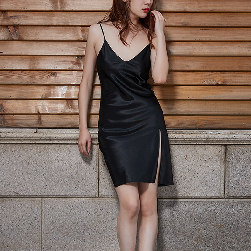 Ladies Sexy Nightdress Silk V-neck Solid Sleepwear Lingerie Babydoll Nightgown Mini Sleeveless Women Sleepshirt Silk Dress
