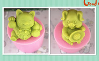 2pcs/set free shipping handmade soap silica gel mould candle soap mould silicone mold for DIY lucky cat +pig