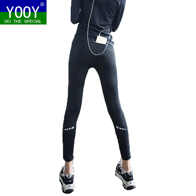 9b78c3450ee9 US $15.99 |Frauen Sport Fitness Schlank Leggings Elastic Gym Capris Engen  Leggings Sportbekleidung Mit Handytasche Yoga pants Compression Hosen in ...