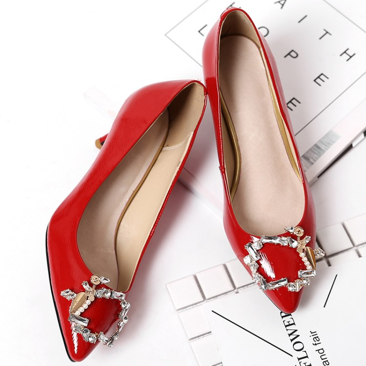 ФОТО Red wedding shoes for women's shoes high documentary shallow mouth low help shoes with pointed single diamond thin woman