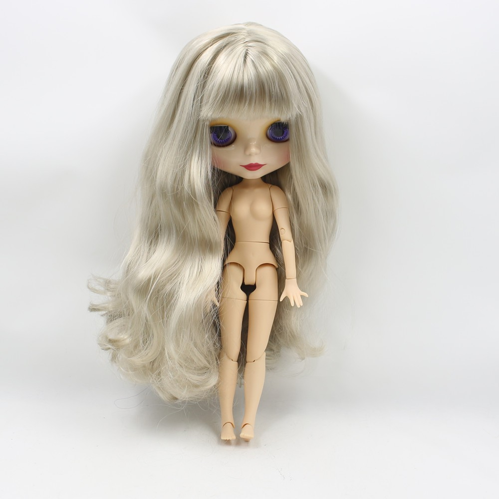 Neo Blythe Doll with Grey Hair, White Skin, Shiny Face & Jointed Body 1