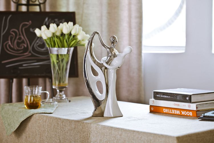 Wit zilver keramische liefhebbers interieur ambachten kamer