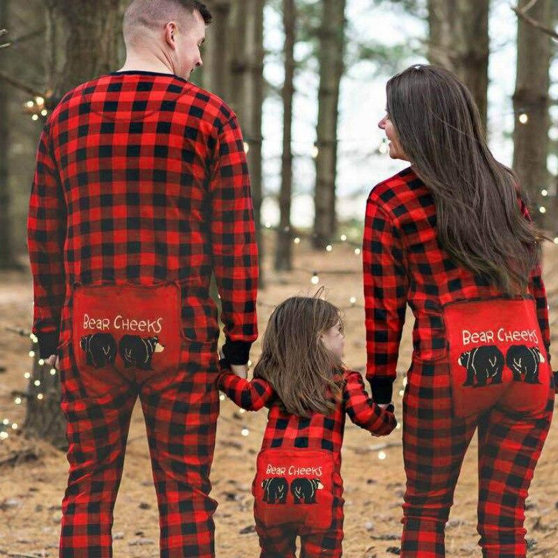 Familie Pyjamas Mutter Vater Kinder Baby Plaid Print Nachtwäsche Weihnachten Nachtwäsche CARTOON Bär Outfits Familie Passenden Kleidung