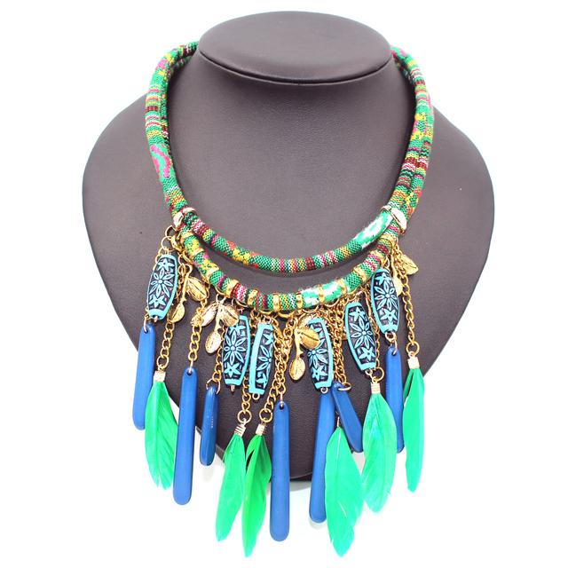 Femme collier 2016 collares Declaración de Granos de la Resina de Bohemia de plumas de perlas borla boho Colar Gargantilla Collares y Colgantes para las mujeres