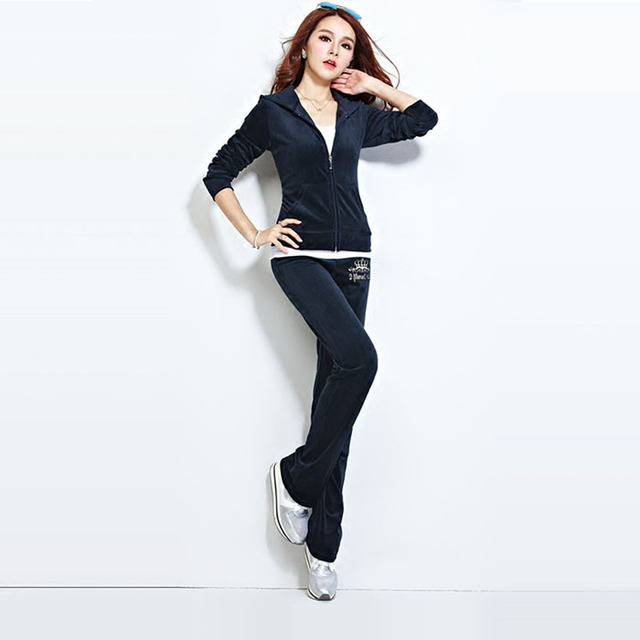 Hot Selling Velvet Sweat Suits Women Leisure Sportswear Hoodies Tops and Sweat Pants Set 5