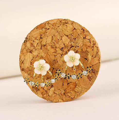 2018 new Fashion Jewelry Cute Cherry Blossoms Flower Stud Earrings for Women Several Peach Blossoms Earrings drop shipping