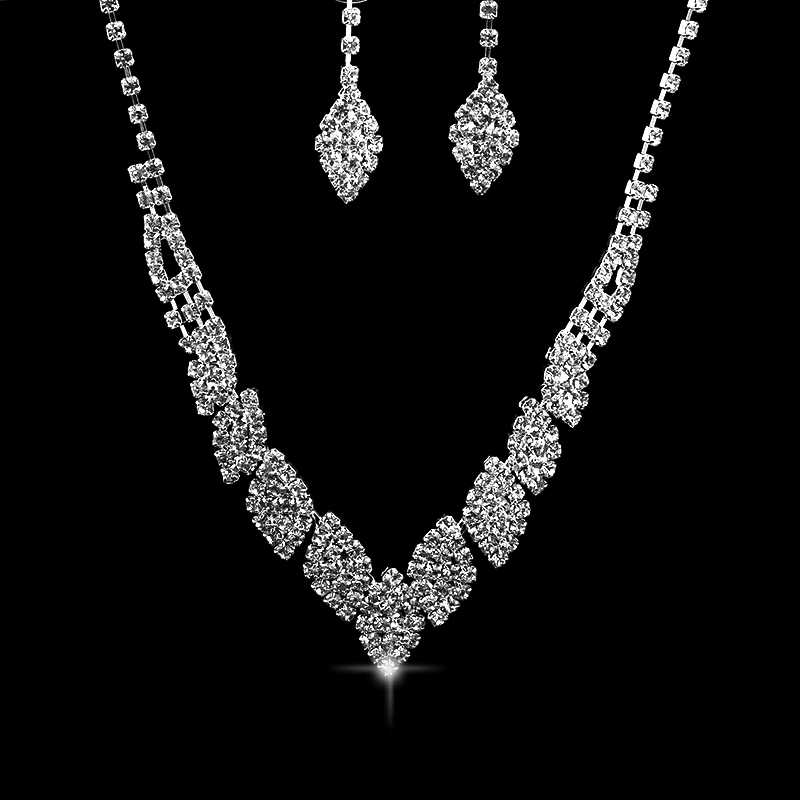 2017 Selling High Quality Sweet Style Necklace Earrings Set With Crystal Rhinestones Luxury Bride Wedding   Jewelry Sets Gift