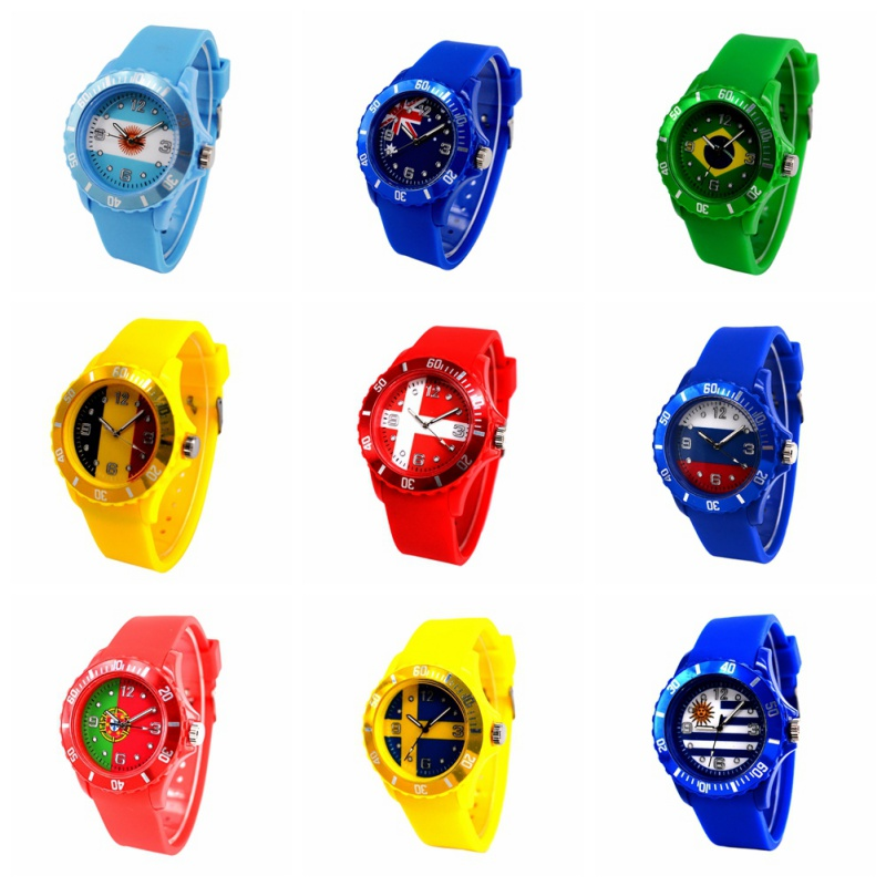 Unisex Fashion Sports Wristwatches 2018 Football World Cup  Flag Pattern Quartz Watch Red Silicone Soft Comfortable Watches Ban brazil football fans caxirola cheer horn for 2014 world cup