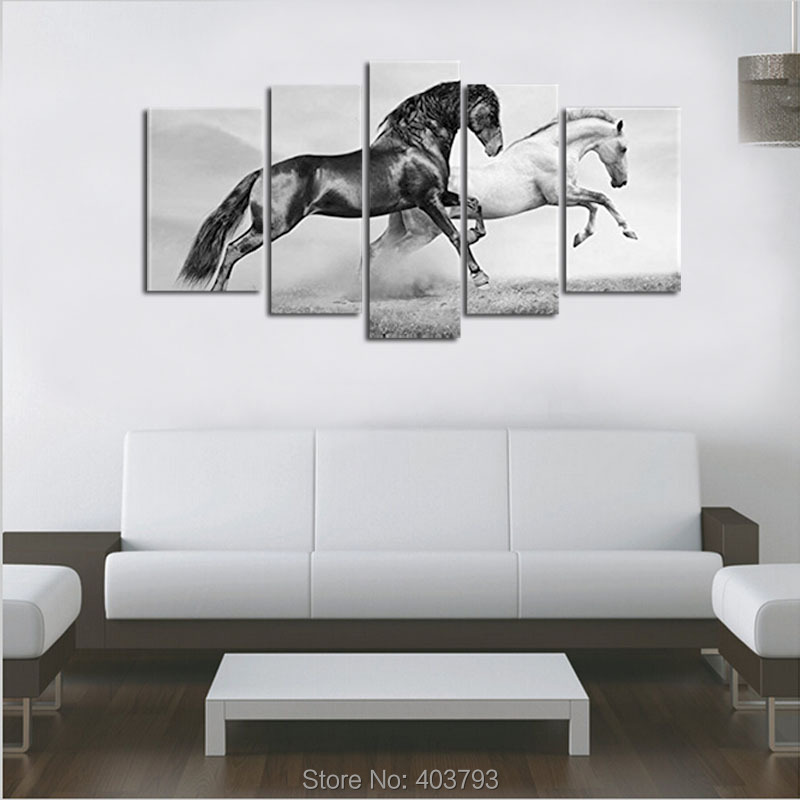 5 Panel Wall Art Black And White Horses In Summer Running On Freedom Grassland Painting Animal Picture Print Canvas Home Decor