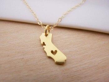 Collar de Mapa de California con siluetas de corazón collar de Estado de California
