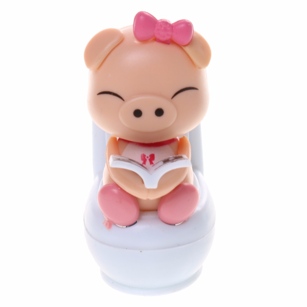 2018 Cute Solar Powered Pig Sitting On Toilet Home Car Ornament Kids Novelty Toy Blue Geat for Home Office Decoration Gift