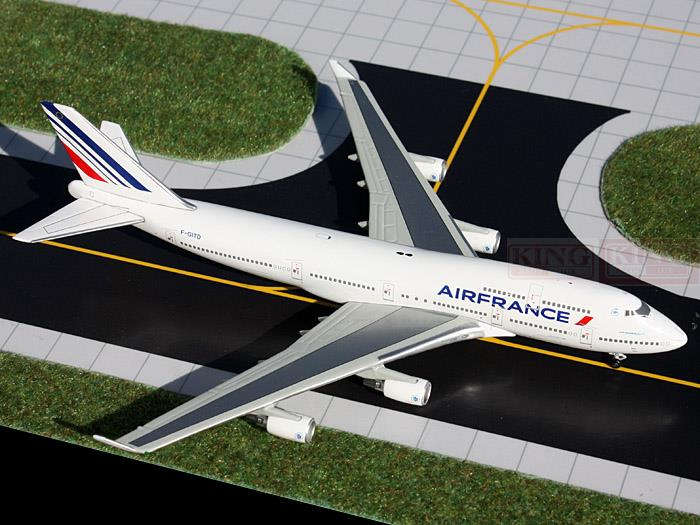 GJAFR1209 GeminiJets Air France F-GITD 1:400 B747-400 commercial jetliners plane model hobby gjcca1366 b777 300er china international aviation b 2086 1 400 geminijets commercial jetliners plane model hobby
