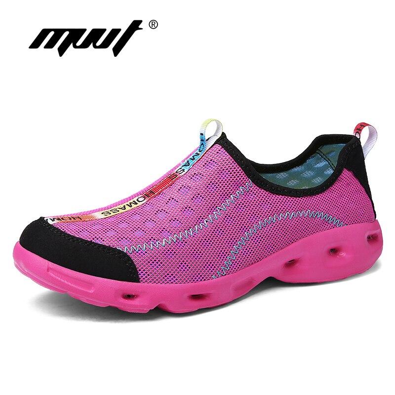 Super Hot 2018 Light Running Shoes Men Mesh Summer Men Sneakers Slip On Outdoor Quick Drying Aqua Shoes Comfortable Water Shoes