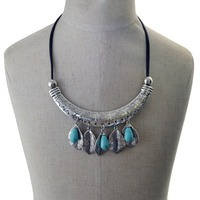 New Fashion Bohemian Ethnic Green Stone Leaf Silver Choker Necklace Leather Beads Carving Fish Statement Necklace