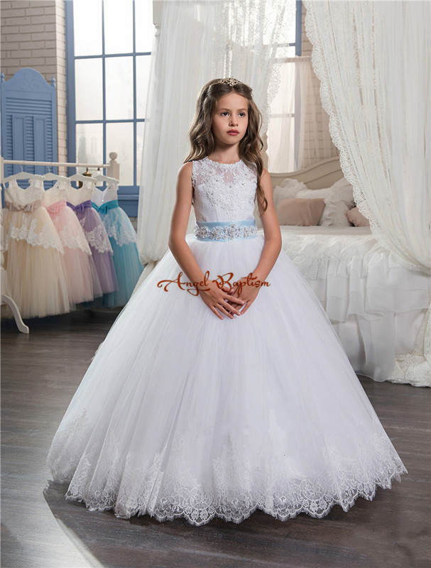 2018 Beautiful white Lace backless ball gown Flower Girls Dresses appliques bead sheer crew neck bow girls pageant dresses white v neck irregular hem backless wrap front playsuit