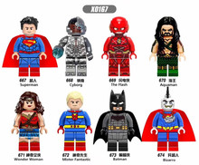 320 PCS X0167 Super Heros Marvel Superman Cybog Le Flash Aquaman Bizarro Mr Fantastic Wonder Woman Building Block Jouets