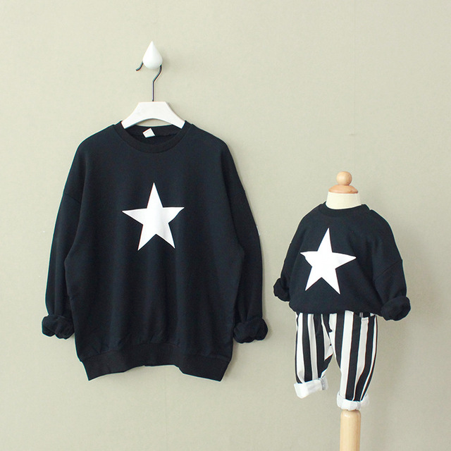 Family warm and sweet style stars printed Casual Hoodies Mom and Baby Set Family tops Girls Boys Hoodies family clothing