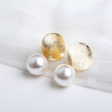 Women Temperament White Round Imitation Pearl Earrings for Women Gold Color Metal Sheets Drop Earring Delicate Jewelry