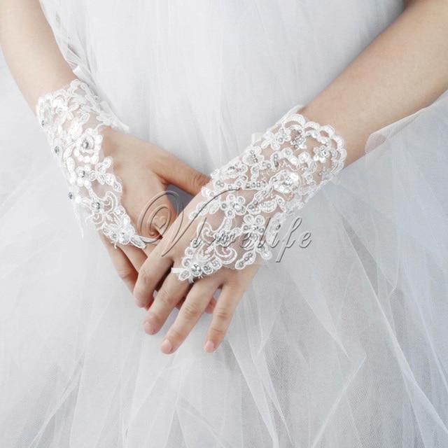 New Korean Fashion White Short Bridal Gloves Women Wedding Famale With Rhinestone Lace Sequins