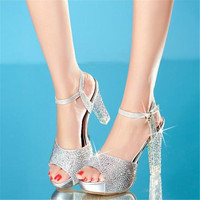 Mujeres prom de la boda de plata rhinestone peep toe de plataforma de 3 pulgadas finas sandalias de tacón alto zapatos de novia de cristal bombas sapatos noiva 45