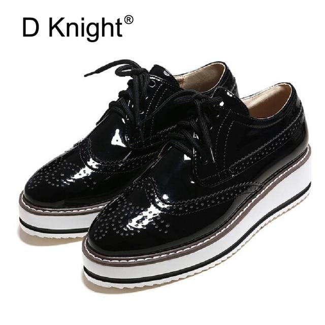 e2734ea0714 Plus Size 34-43 Brogue Platform Oxford Shoes For Women Vintage British  Style Flats Lace Up Female Oxfords Ladies Casual Shoes