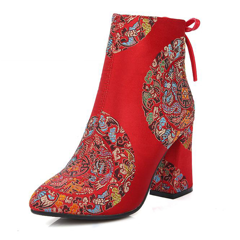 ФОТО Big Size 32-43 Traditional China Ankle Boots Floral Pointed Toe Fall Winter Bride Wedding shoes Woman High Heels Women Boots