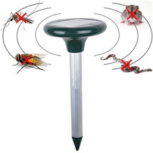 Efficient Eco-friendly Solar Powered Snack Repeller Outdoor Garden Yard Ultrasonic Sonic Mole Vole Rodent Pest Repeller