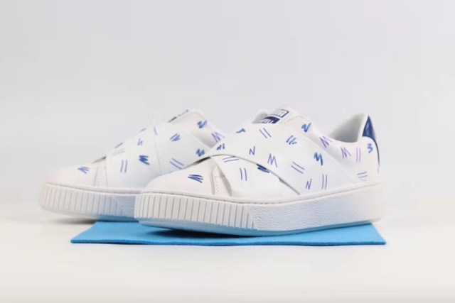 caecbca77e0 The new PUMA original Women s x Shantell Martin Clyde Clear Sneakers  Badminton Shoes size35-39