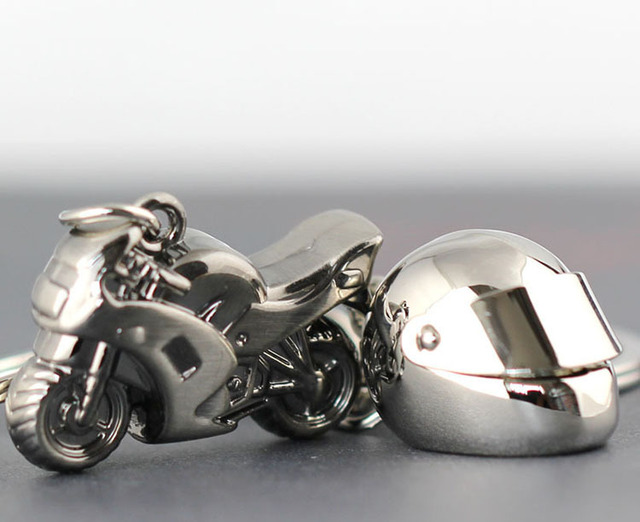 Classic 3D Simulation Model Motorcycle Motorbike Keychains Creation Alloy Helment Keyring Trinket Key Holder Gifts Car