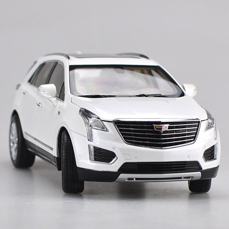 1:18 modèle de voiture en alliage Cadillac XT5 Original, jouet en métal moulé sous pression de simulation, modèle de collection, boîte-cadeau à couverture rigide, livraison gratuite