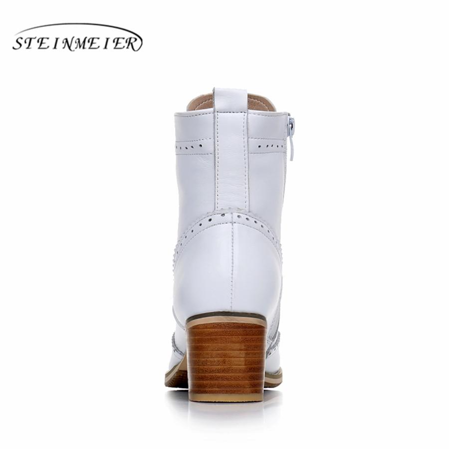 Echt Leer Enkel vrouwen Laarzen Handgemaakte Comfortabele kwaliteit zachte Schoenen Merk Designer met bont wit zwart 2018 lente-in Enkellaars van Schoenen op  Groep 3