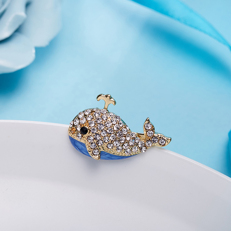 Rinhoo Caterpillar/Grape/<font><b>Whale</b></font>/Goldfish Rhinestone Oil Zinc Alloy Brooch For Women Fashion Exquisite Jewelry Gift image