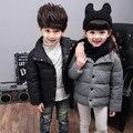Nova envio Gratuito de Alta Qualidade de Varejo das Crianças Casacos de Inverno Para Baixo Bebê Casaco Para Baixo Outerwear Espessamento Meninos de cores doces