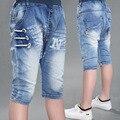 Детские мальчиков джинсы разорвал жан для детская одежда джинсовые щиколотки повседневные брюки летний новый сломанный отверстия дизайн твердые тип картины