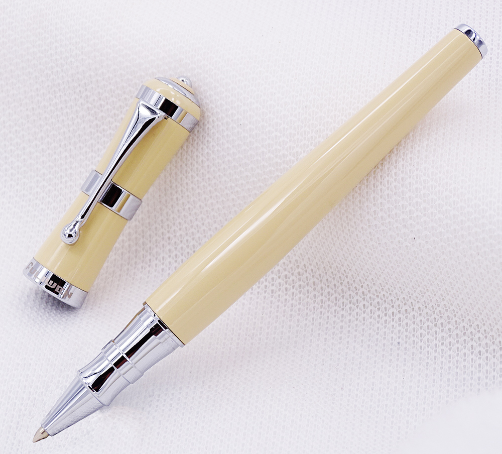 Fuliwen 2051 Metal Rollerball Pen with Ink Refill, Fresh Fashion Style Beautiful Cream for Office Home School, Men and Women fuliwen 2051 metal rollerball pen with ink refill fresh fashion style beautiful cream for office home school men and women