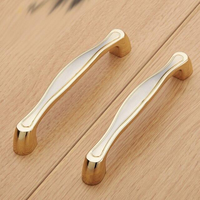 Alto grado de oro 96mm Materiales para muebles gabinetes de cocina ...