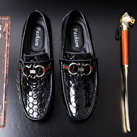Trendy Glossy Lattice Men Loafers British Genuine Style Leather Loafers Flats Non slip Driving Shoes Soft Handmade Casual Shoes