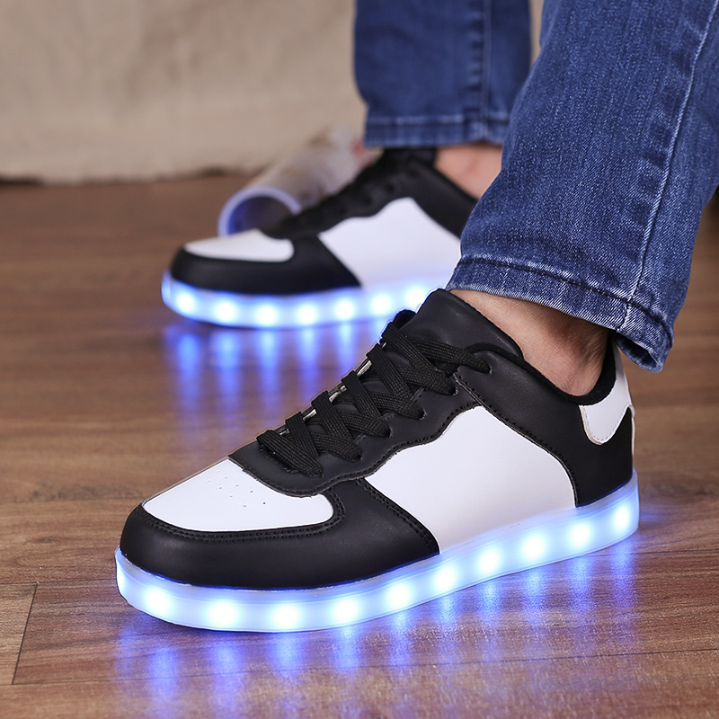 Led Sneakers Classic 2.0 11