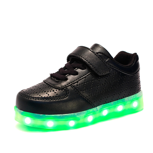 Spring LED Kids Sneakers Sport Children Shoes Boys Girls Charging USB Luminous Lighted Baby Walking Shoes Chaussure LED Enfant.