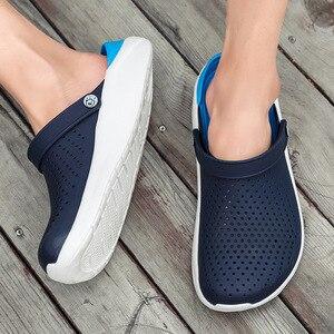 Image 5 - 2020 di estate dei Nuovi Uomini di Sandali EVA Leggero Hollow Beach Pantofole antiscivolo Delle Donne Degli Uomini di Giardino Clog Scarpe Casual infradito