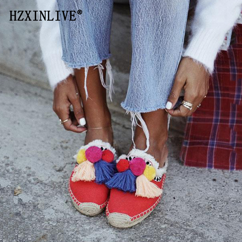 Insta Street Стиль Шлёпанцы обувь Для женщин эспадрильи 2019 Лето помпоном сандалии Для женщин Красочные Ленточки пляжные босоножки на каблуках женские