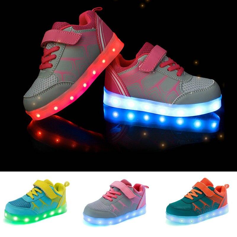 2016 Новая Мода Дети Кроссовки LED Световой USB Аккумуляторная Ребенок Дышащая Мальчики Девочки Повседневная Обувь с огнями Размер 25 ~ 37