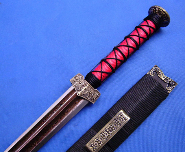 S40 THREE KINGDOMS GENERAL LIU BEI PATTERN WELDED DAMASCUS SWORD Beauteous Pattern Welded Sword