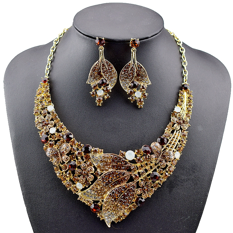 High Quality Bridal Jewelry Sets full Crystal Rhinestone Leaf Wedding Necklace and Earrings Set for Women Party Jewelry Sets pair of stylish rhinestone embossed leaf tassel earrings for women