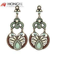 цены на Free Shipping Min Order $10 (Mix Order) New Arrival Vintage Women Gold Plated Green Resin Drop Statement Drop Earrings Jewelry  в интернет-магазинах