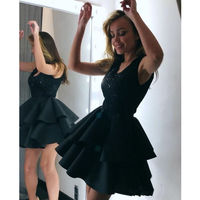 Sexy Black Short Cocktail Dresses Women Applique Short Prom Dress for Party Homecoming Graduation Dresses 2 layers Ruffles Cheap
