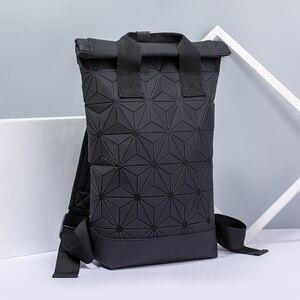 Image 4 - Модные женские рюкзаки 2021, Светящийся рюкзак с геометрическим рисунком, большой мужской школьный рюкзак для ноутбука, рюкзак на плечо для путешествий с голографическим рисунком